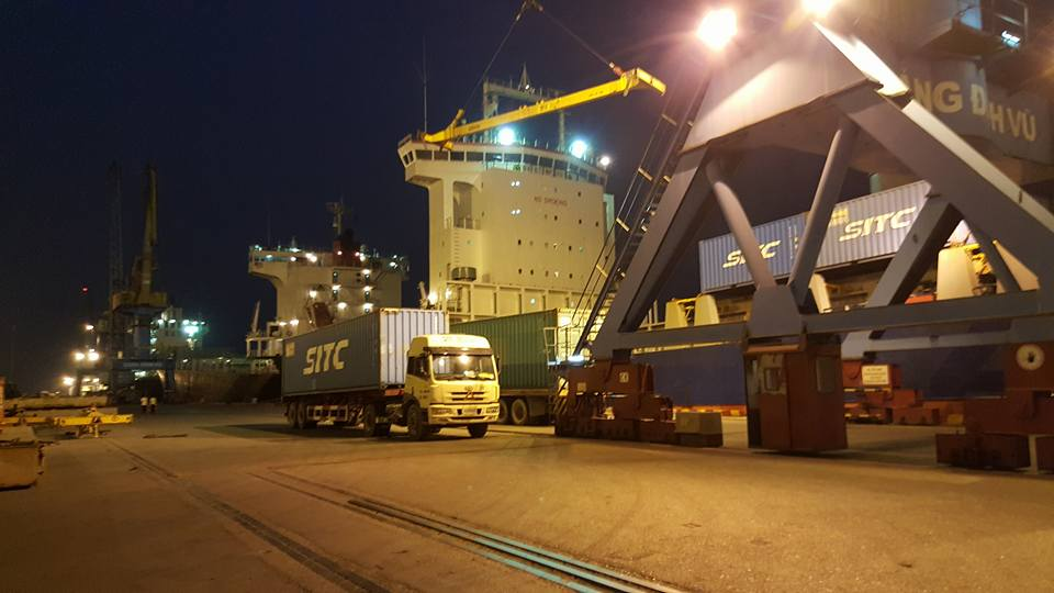Vận tải xe container